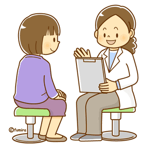 通院で診察を受ける女性